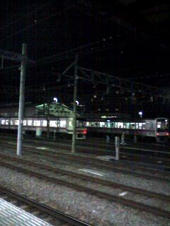 京王線高幡不動駅を出た